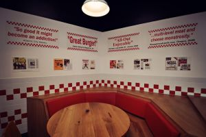 Five_Guys_LongAcre_82.jpg