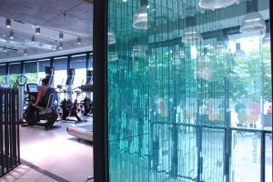 Stars Gym - Battersea Entrance mirrors.jpg
