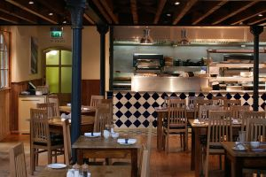 loch-fyne-dining-kitchen.jpg