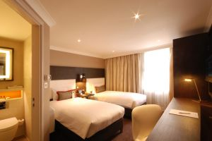 Hilton Doubletree Ealing – Bedrooms Bedroom overview1.jpg