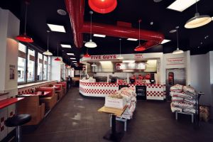 Five_Guys_LongAcre_64.jpg